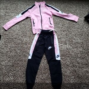Girls Nike Jumpsuit. Really soft material